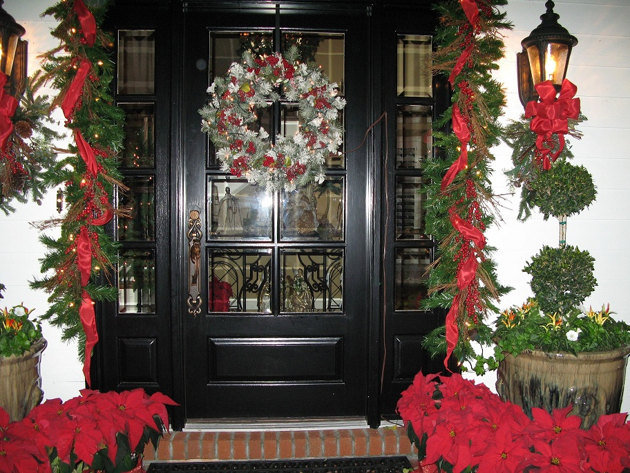 Holiday Decorating Stunning With Front Door Holiday Decorating Ideas Images
